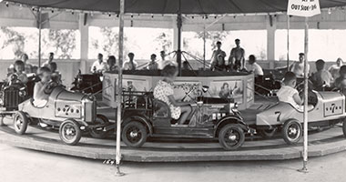 Historic image from Hersheypark's Car Carrousel