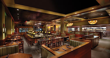 interior view of Houlihan's Restaurant + Bar